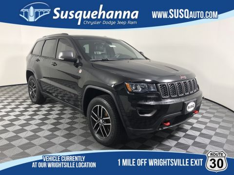 Certified Pre-Owned 2017 Jeep Grand Cherokee Trailhawk 4WD